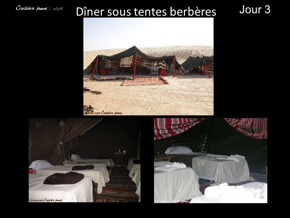 Dîner sous tentes berbères