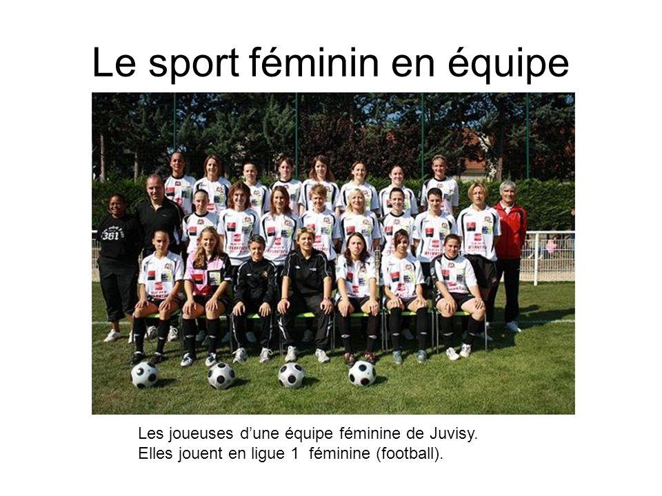 Le sport féminin en équipe