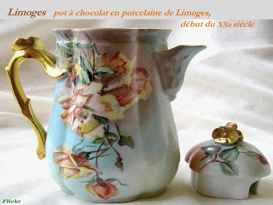 Limoges pot à chocolat en porcelaine de Limoges, . début du XXe siècle