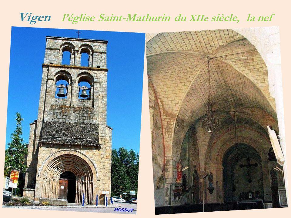 Vigen l'église Saint-Mathurin du XIIe siècle, la nef
