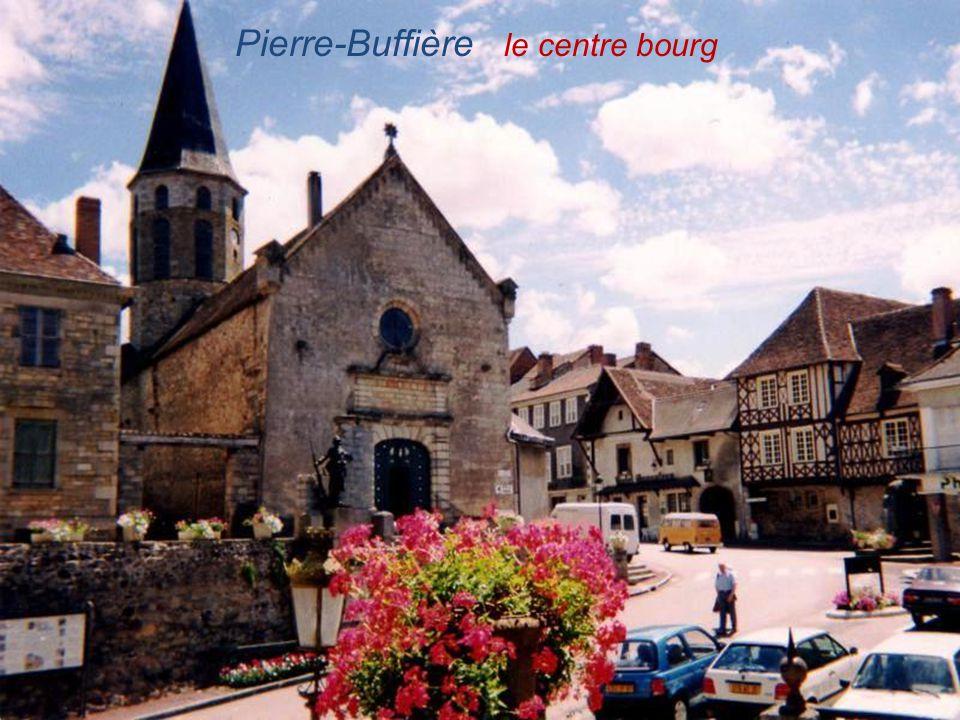 Pierre-Buffière le centre bourg