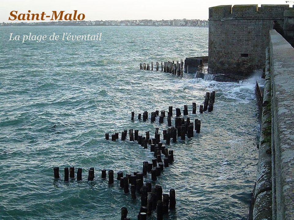 Saint-Malo La plage de l'éventail