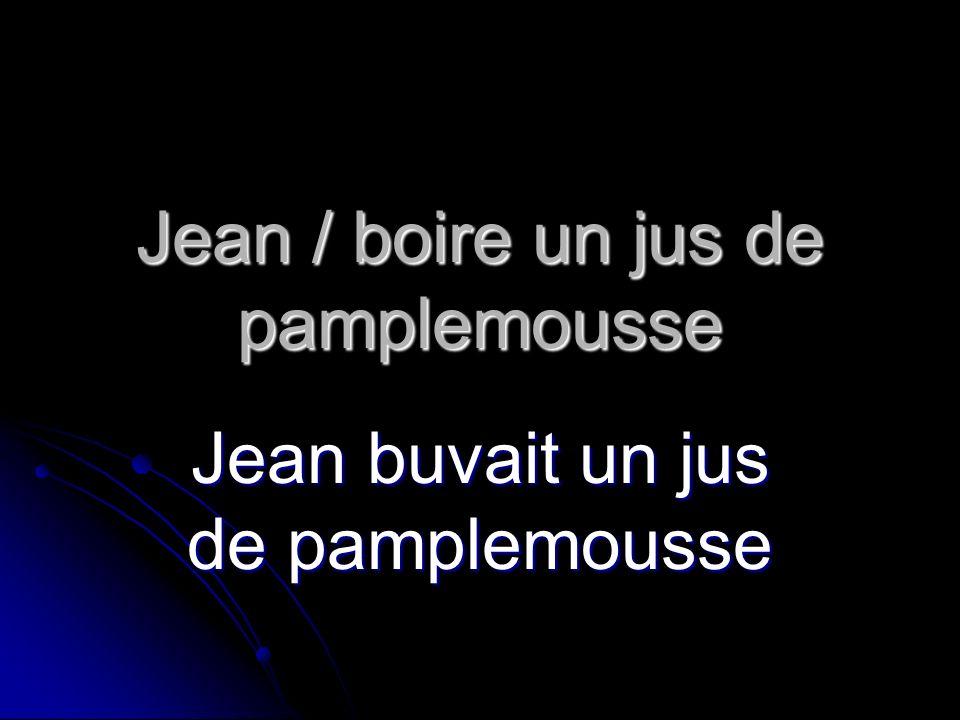 Jean / boire un jus de pamplemousse