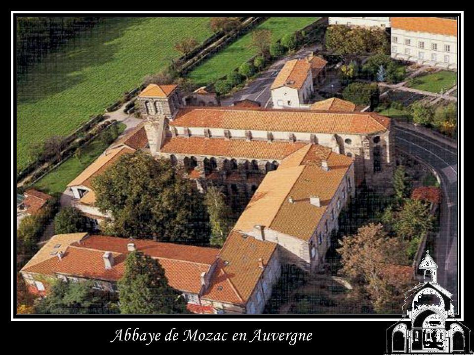 Abbaye de Mozac en Auvergne