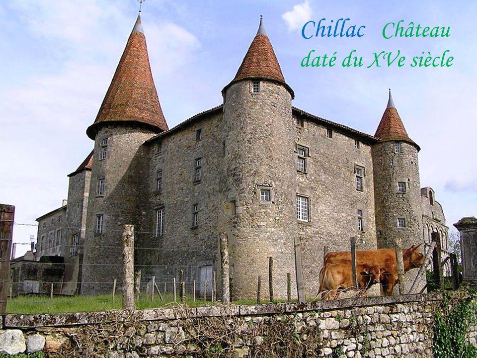 Chillac Château daté du XVe siècle