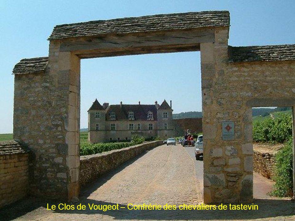 Le Clos de Vougeot – Confrérie des chevaliers de tastevin
