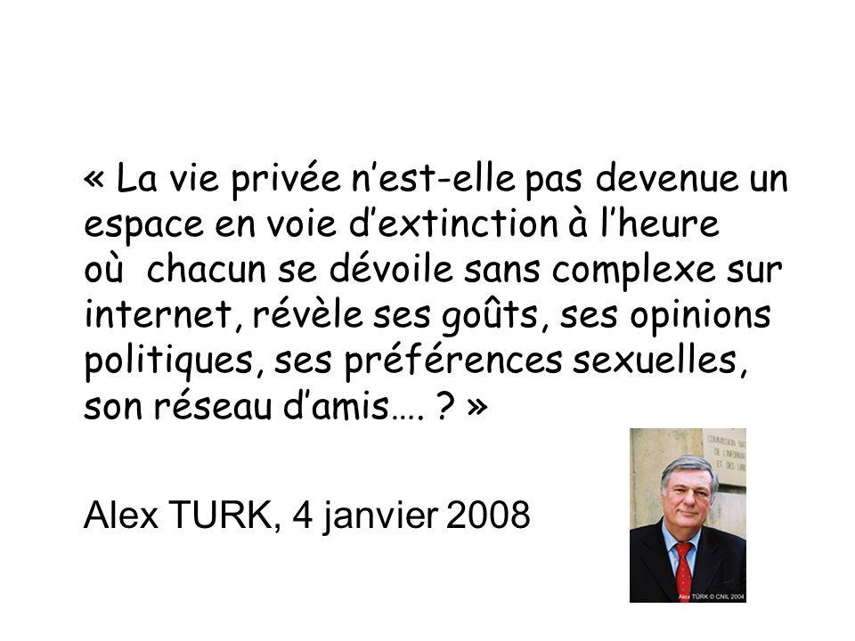 « La vie privée n'est-elle pas devenue un espace en voie d'extinction à l'heure où chacun se dévoile sans complexe sur internet, révèle ses goûts, ses opinions politiques, ses préférences sexuelles, son réseau d'amis…. »