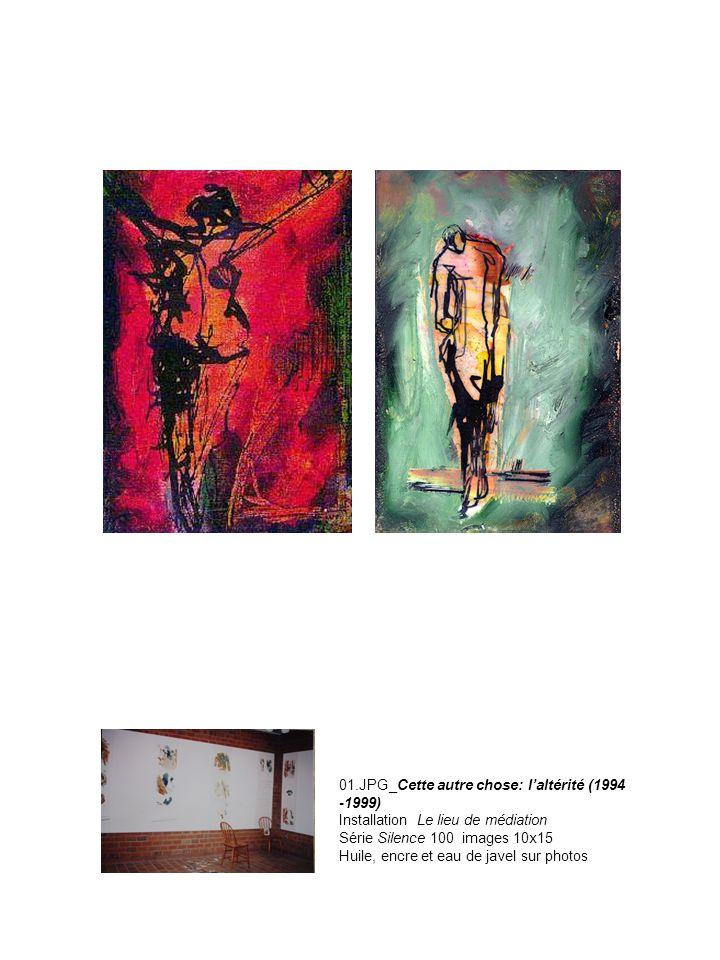 01.JPG_Cette autre chose: l'altérité (1994 -1999) Installation Le lieu de médiation Série Silence 100 images 10x15 Huile, encre et eau de javel sur photos