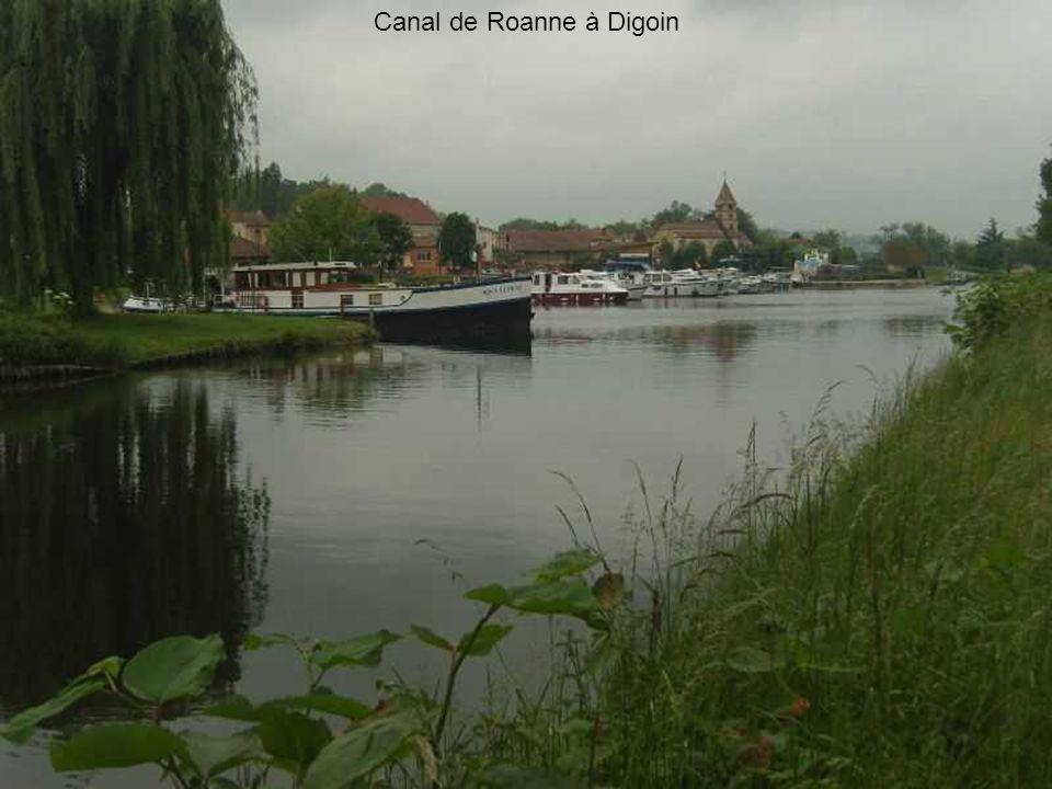 Canal de Roanne à Digoin