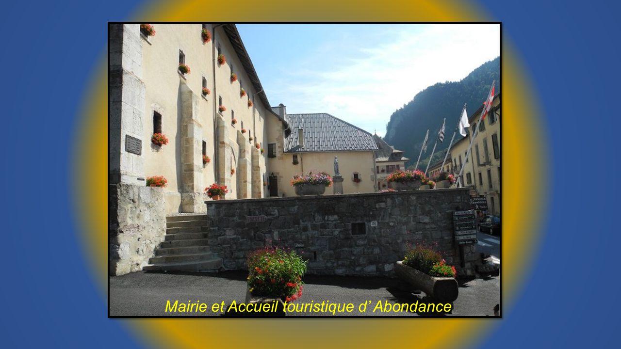 Mairie et Accueil touristique d' Abondance