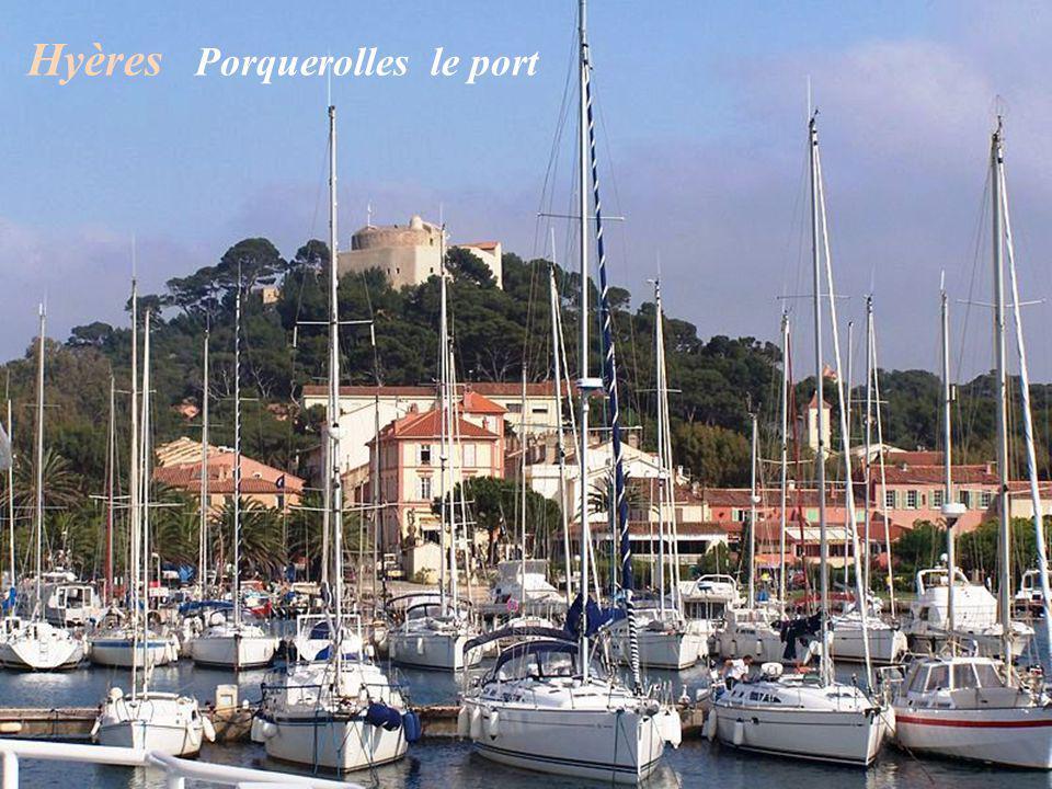 Hyères Porquerolles le port