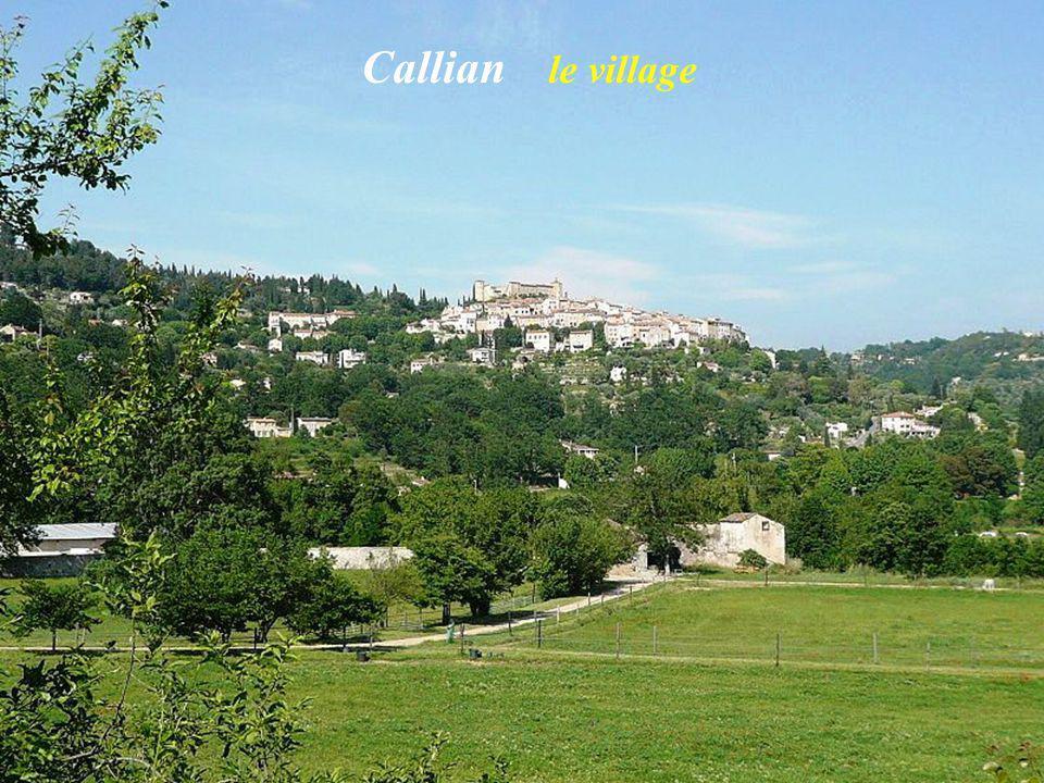Callian le village
