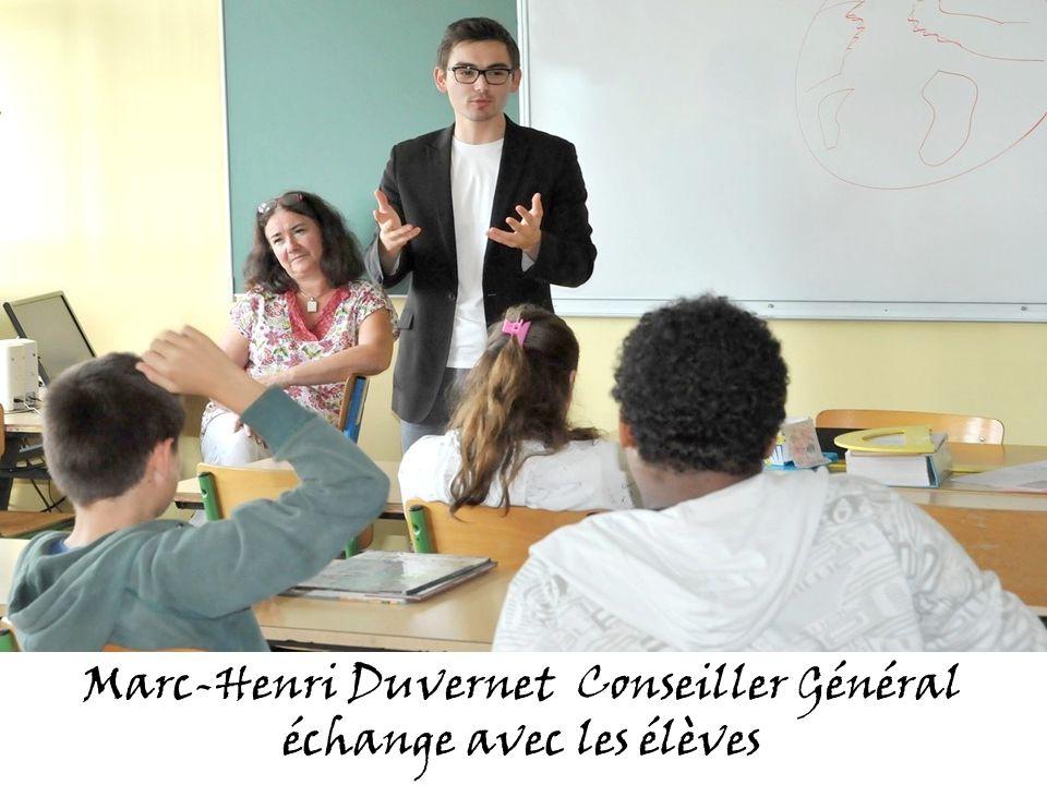 Marc-Henri Duvernet Conseiller Général échange avec les élèves