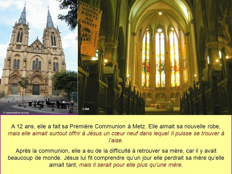 A 12 ans, elle a fait sa Première Communion à Metz