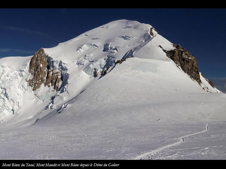 Mont Blanc du Tacul, Mont Maudit et Mont Blanc depuis le Dôme du Goûter