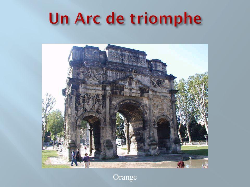 Un Arc de triomphe Orange