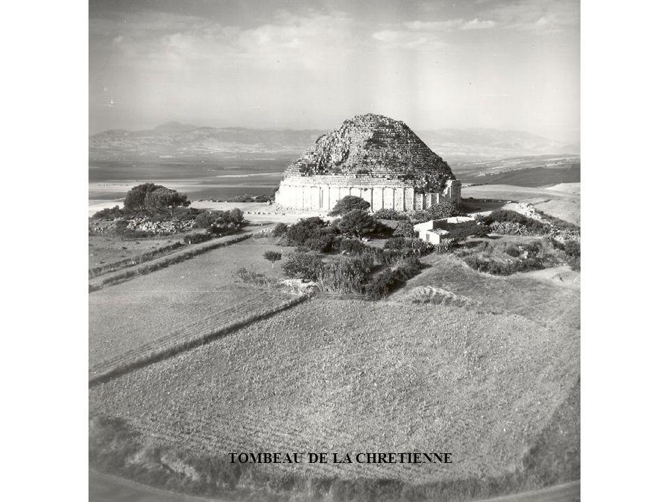 TOMBEAU DE LA CHRETIENNE