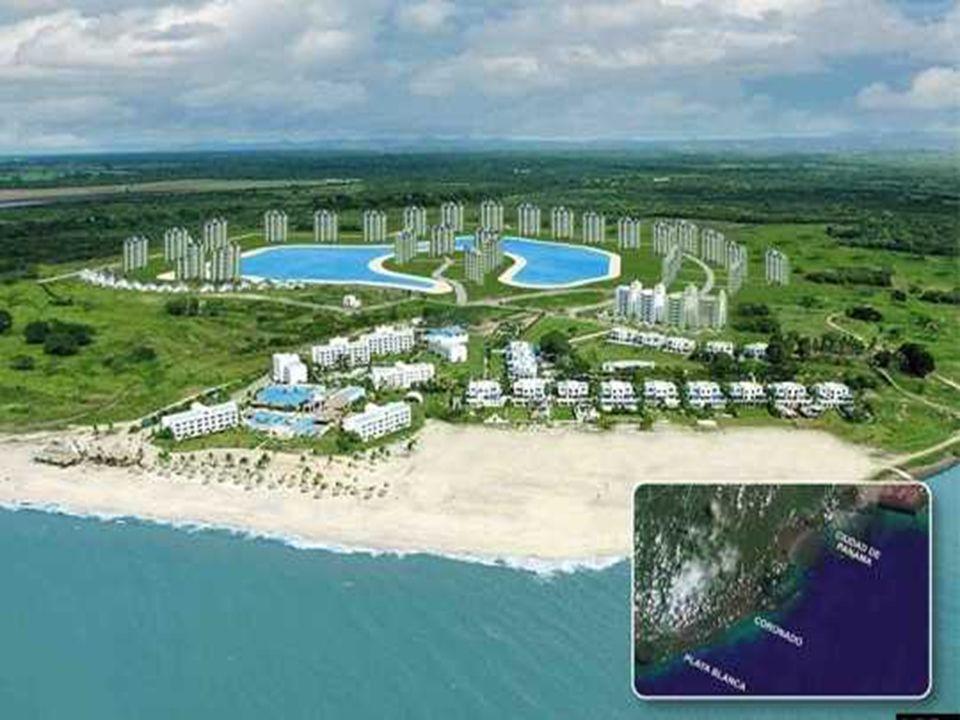 Crystal Lagoons ambitionne de dépasser largement les frontières chiliennes pour son développement. Et c est au Panama que sera construite la deuxième plus grande piscine du monde, d une suface de 7 hectares. A Coronado, le projet Playa Blanca Resorts comptera un hôtel 5 étoiles et coutera au total la bagatelle de 700 millions de dollars.