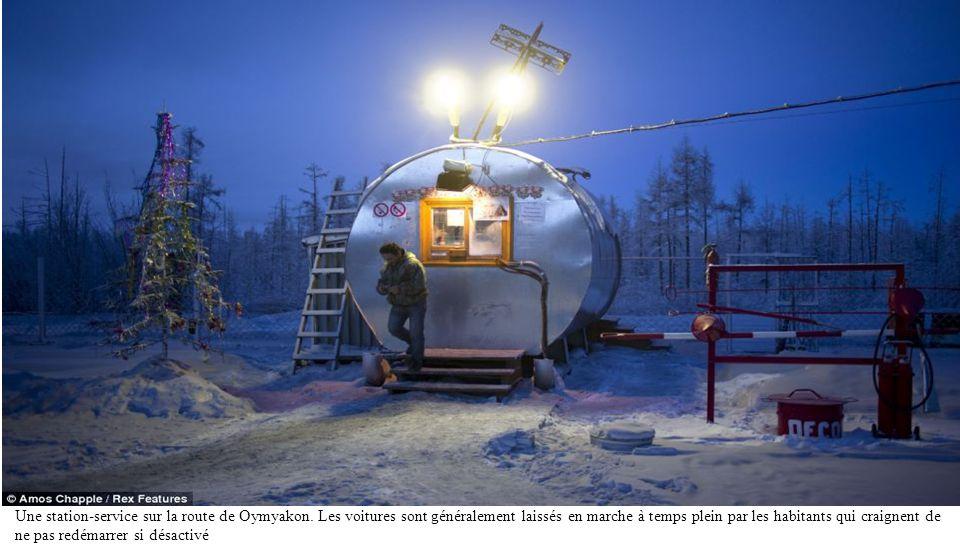 Une station-service sur la route de Oymyakon