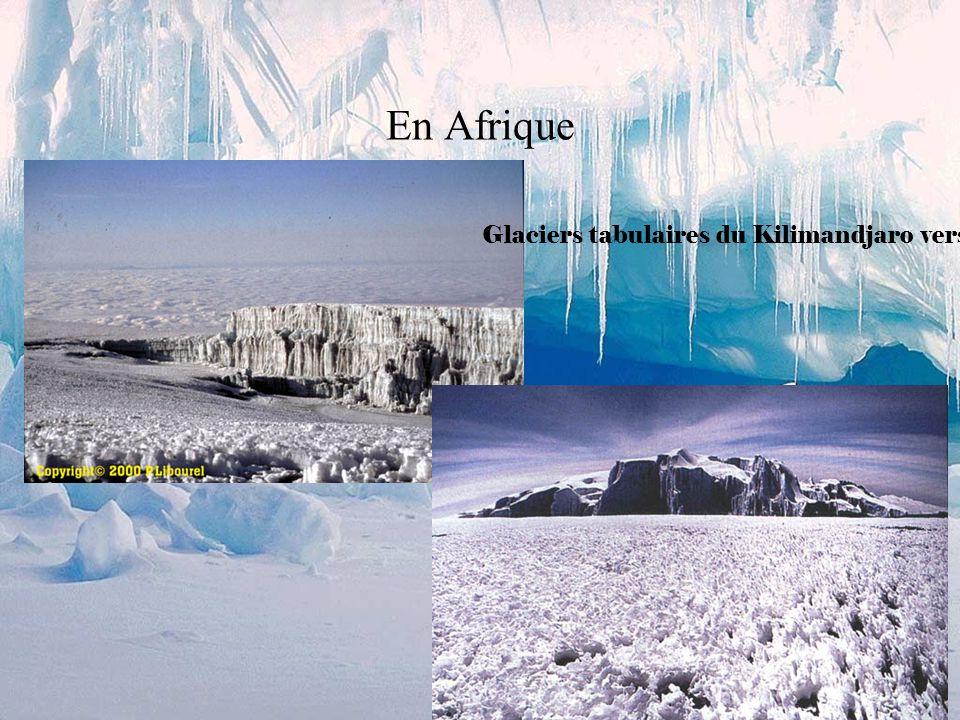 En Afrique Glaciers tabulaires du Kilimandjaro vers 5500 m