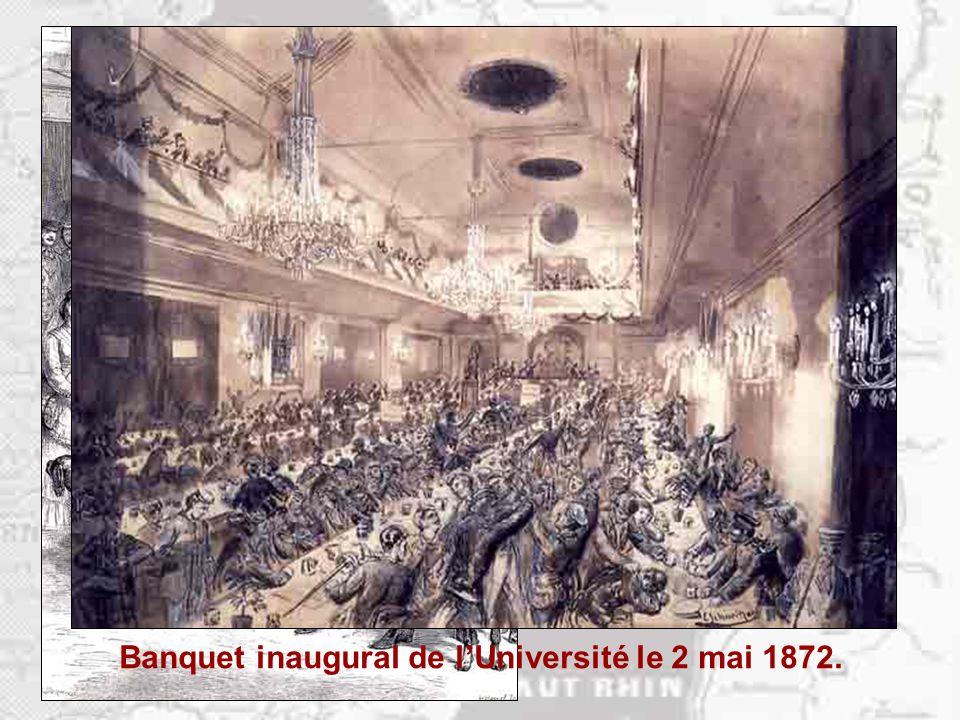 Groupe d'étudiants allemands lors de l'inauguration de l'Université de Strasbourg.