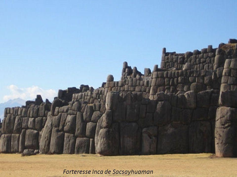 Forteresse Inca de Sacsayhuaman