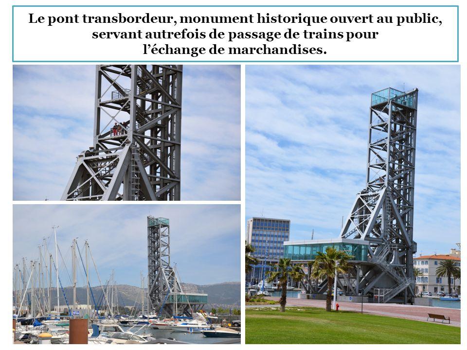 Le pont transbordeur, monument historique ouvert au public, servant autrefois de passage de trains pour l'échange de marchandises.