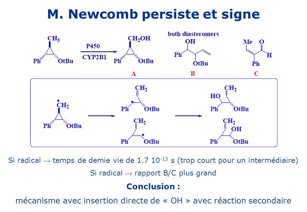 M. Newcomb persiste et signe