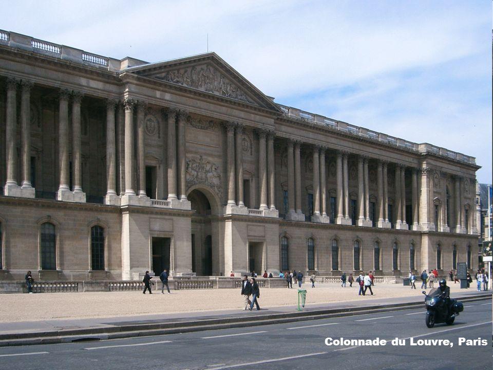 Colonnade du Louvre, Paris