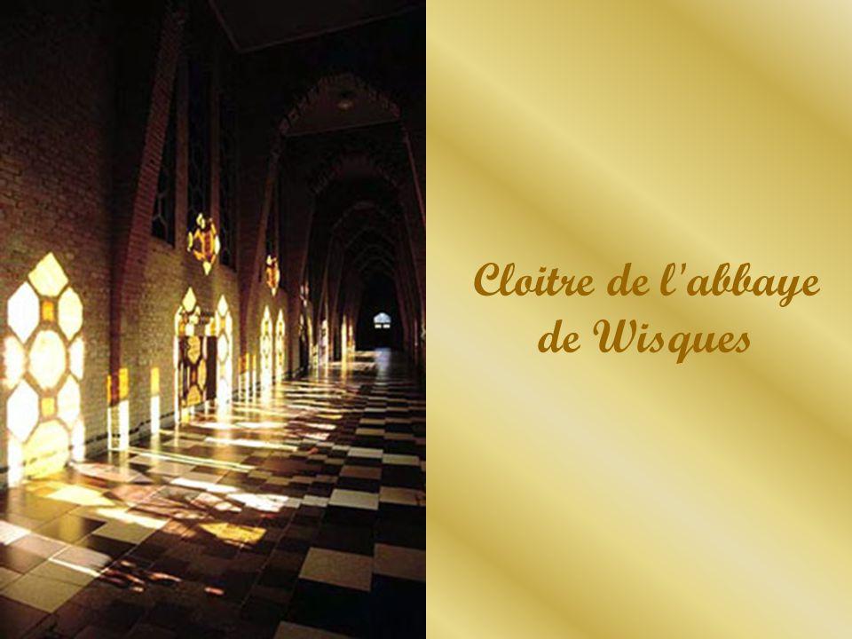 Cloitre de l abbaye de Wisques