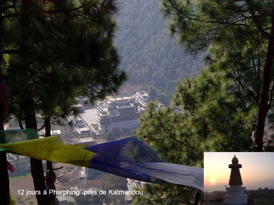 12 jours à Pharphing près de Katmandou