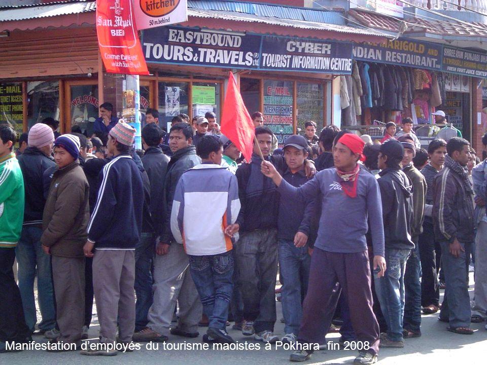 Manifestation d'employés du tourisme maoistes à Pokhara fin 2008