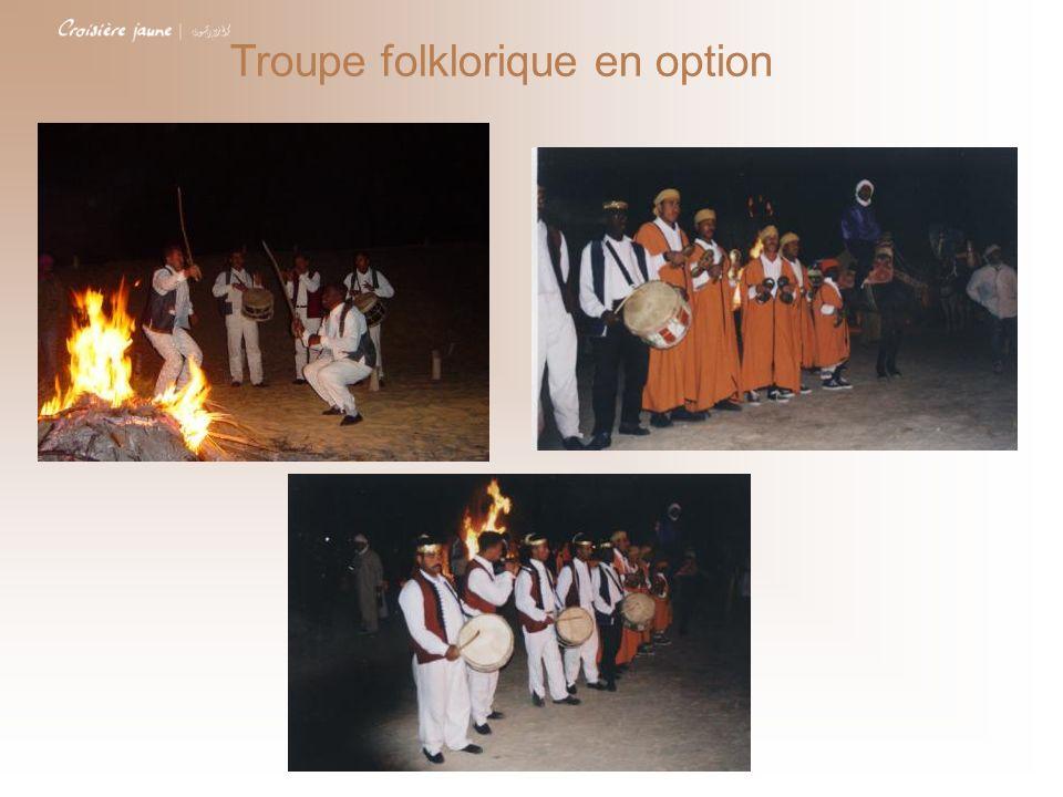 Troupe folklorique en option