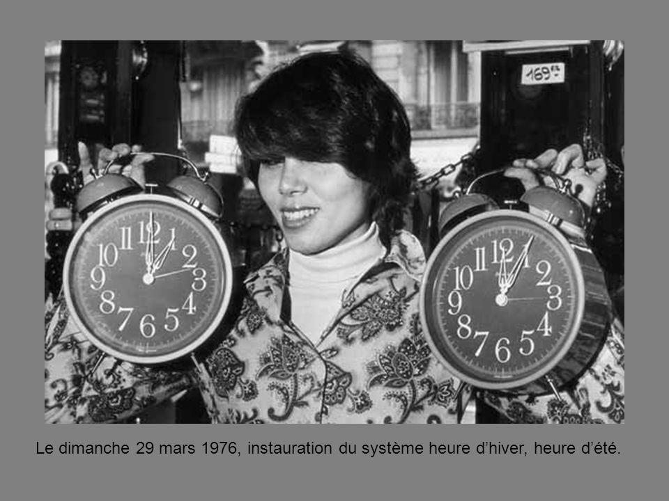 Le dimanche 29 mars 1976, instauration du système heure d'hiver, heure d'été.