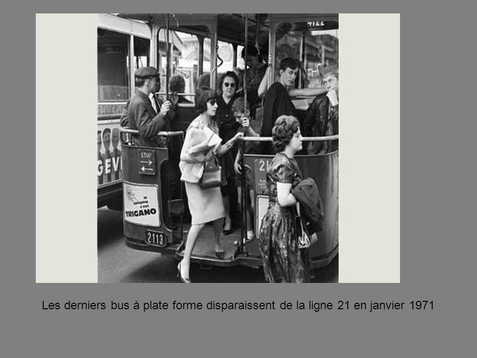 Les derniers bus à plate forme disparaissent de la ligne 21 en janvier 1971