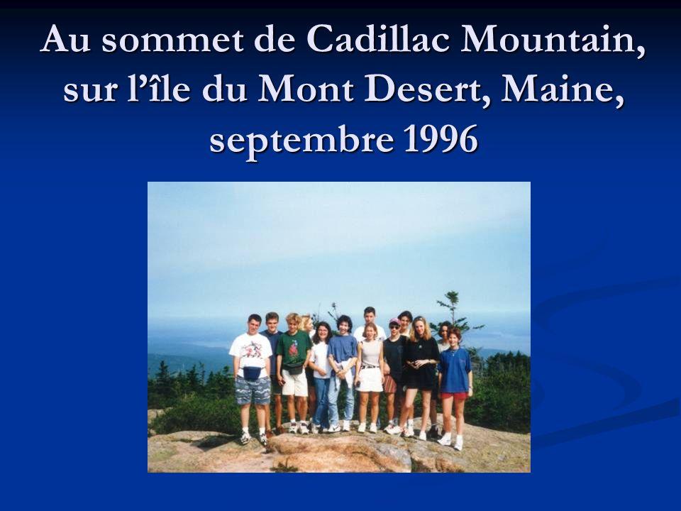 Au sommet de Cadillac Mountain, sur l'île du Mont Desert, Maine, septembre 1996