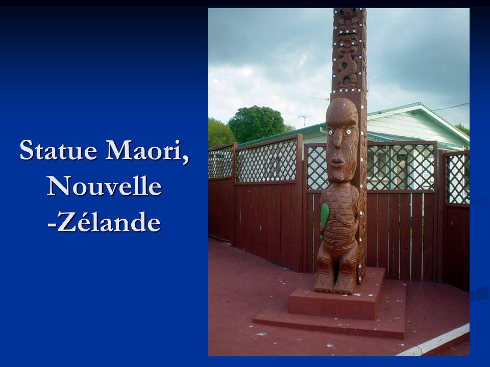 Statue Maori, Nouvelle -Zélande