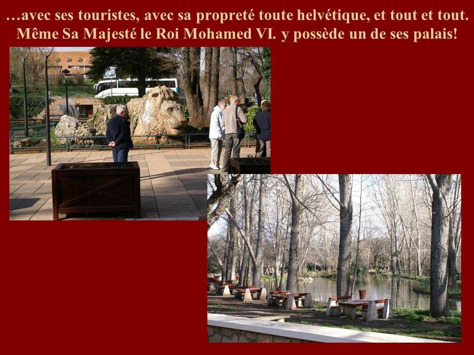 …avec ses touristes, avec sa propreté toute helvétique, et tout et tout.