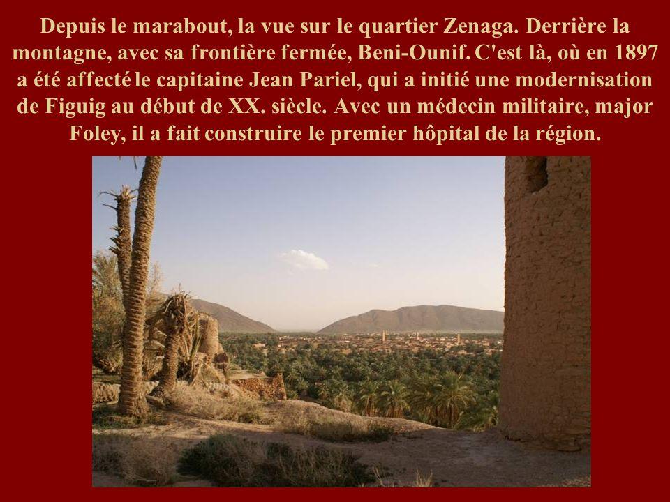 Depuis le marabout, la vue sur le quartier Zenaga