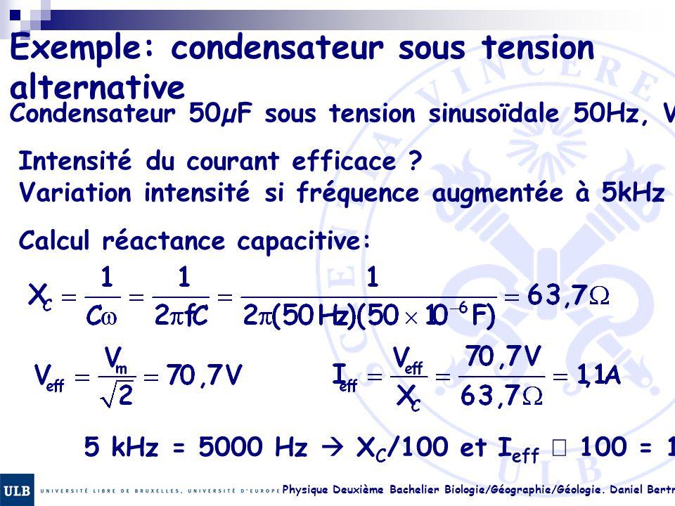 Exemple: condensateur sous tension alternative