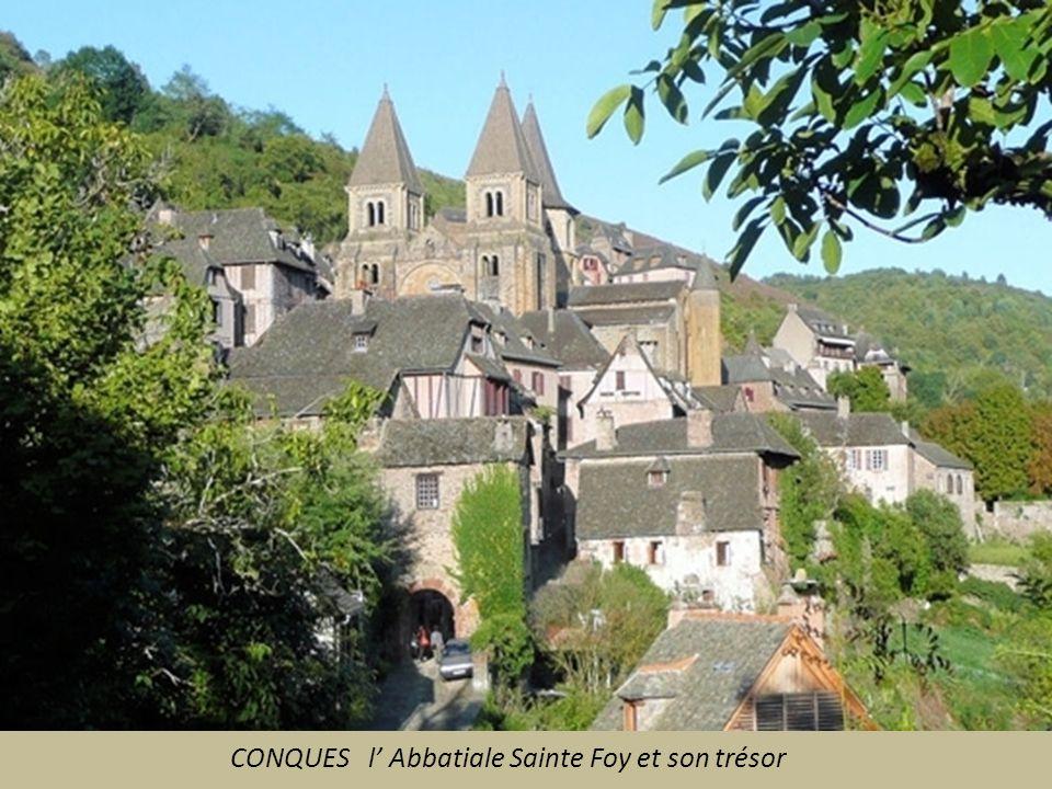 CONQUES l' Abbatiale Sainte Foy et son trésor