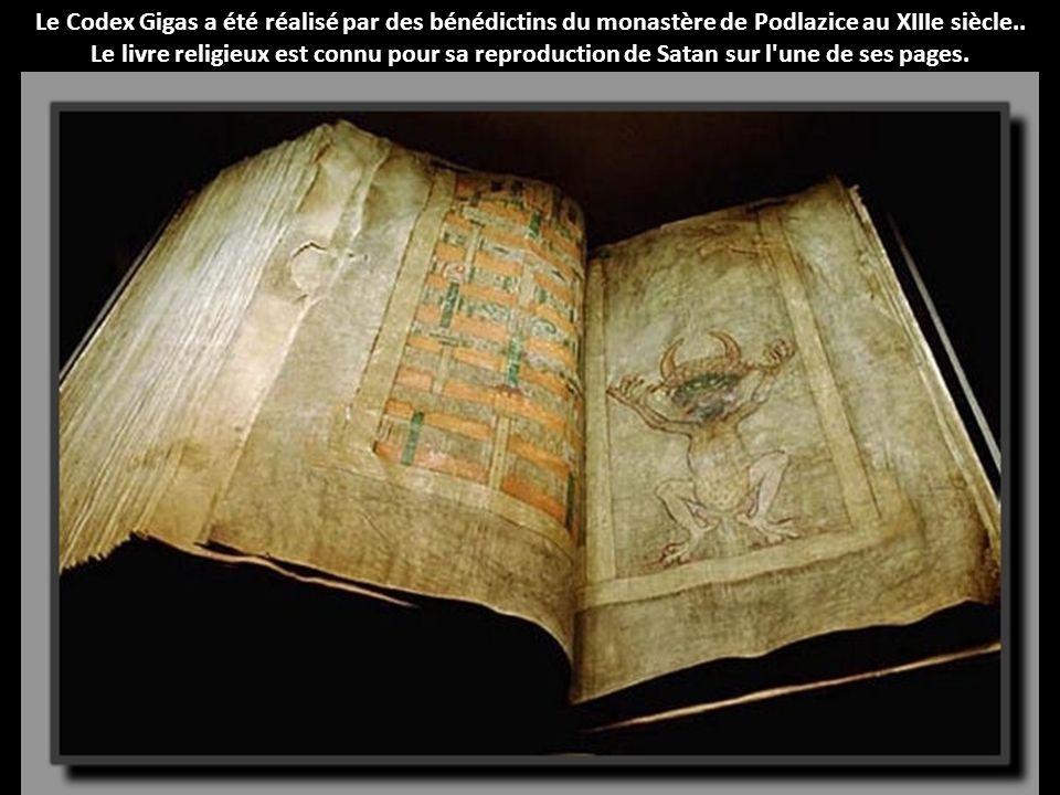 Le Codex Gigas a été réalisé par des bénédictins du monastère de Podlazice au XIIIe siècle..