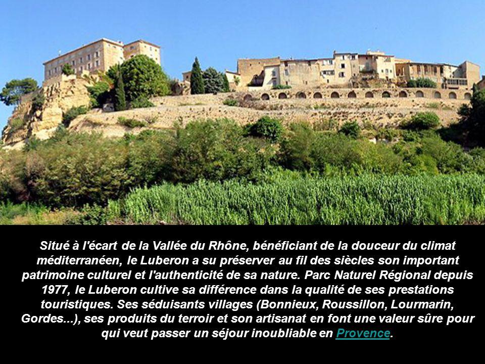 Situé à l écart de la Vallée du Rhône, bénéficiant de la douceur du climat méditerranéen, le Luberon a su préserver au fil des siècles son important patrimoine culturel et l authenticité de sa nature. Parc Naturel Régional depuis 1977, le Luberon cultive sa différence dans la qualité de ses prestations touristiques.