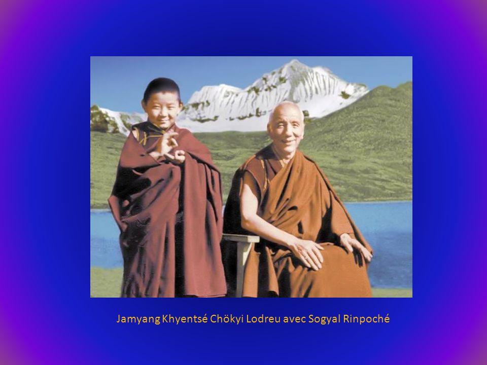 Jamyang Khyentsé Chökyi Lodreu avec Sogyal Rinpoché