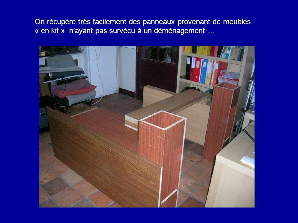 On récupère très facilement des panneaux provenant de meubles « en kit » n'ayant pas survécu à un déménagement …