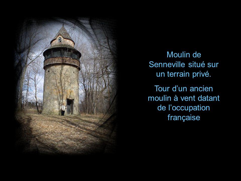 Moulin de Senneville situé sur un terrain privé.