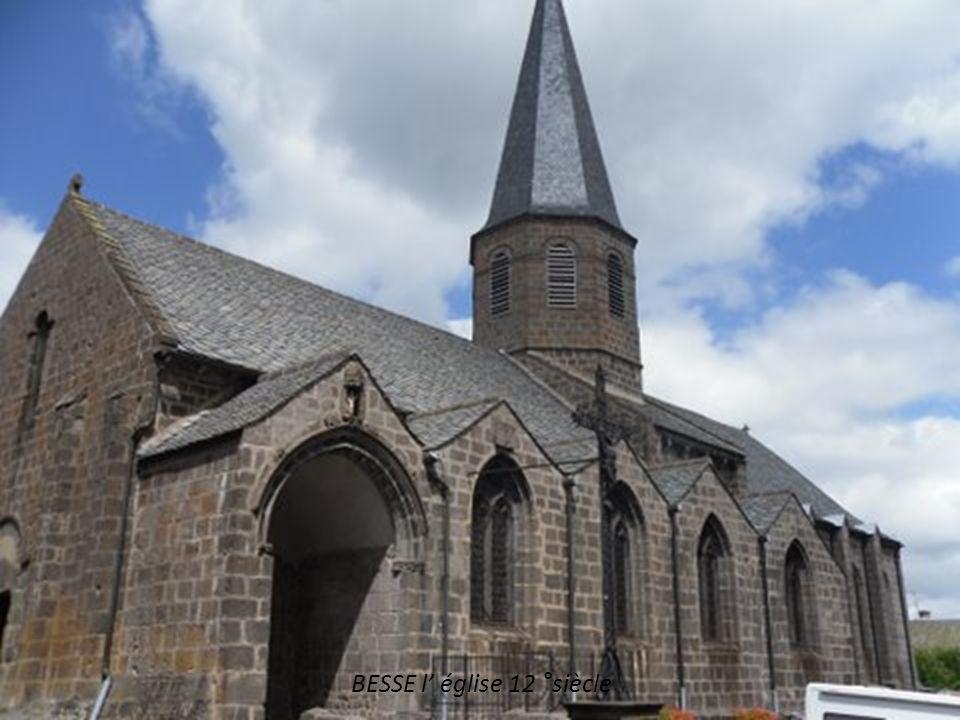 BESSE l' église 12 °siècle