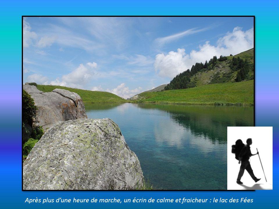 Après plus d'une heure de marche, un écrin de calme et fraicheur : le lac des Fées