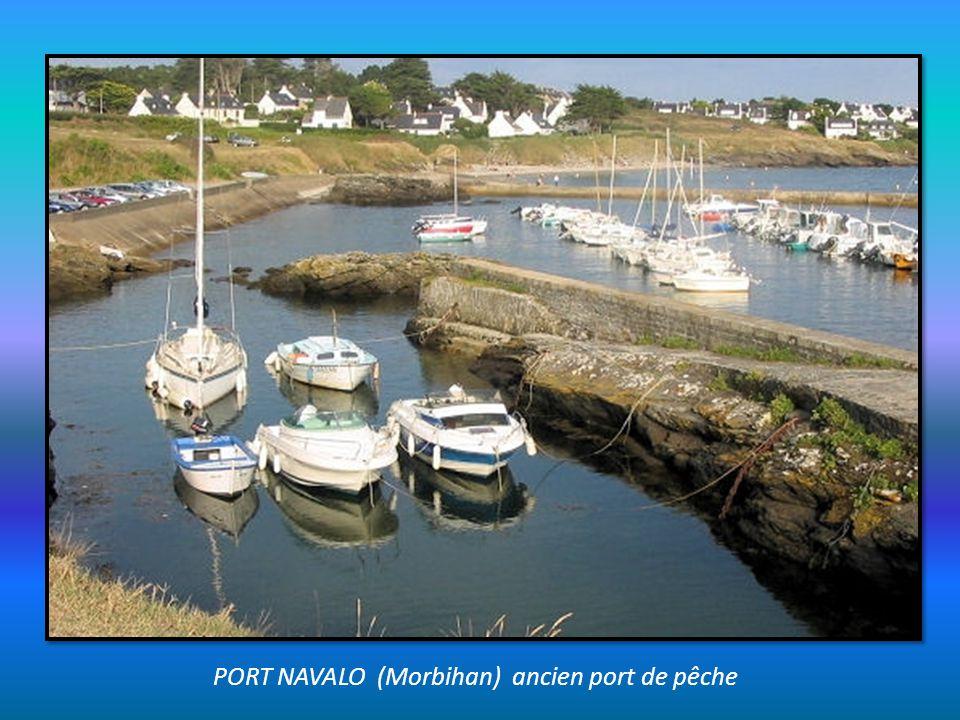 PORT NAVALO (Morbihan) ancien port de pêche