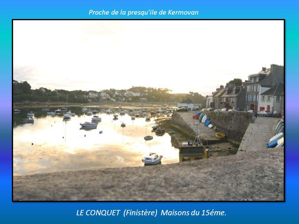 LE CONQUET (Finistère) Maisons du 15éme.
